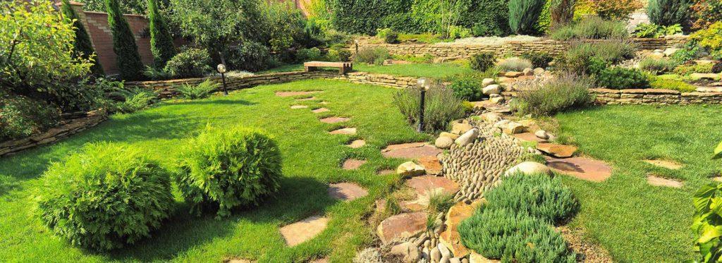 Création et entretien d'extérieurs, du jardin à la piscine